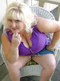 a horny lady from Sun Prairie, Wisconsin