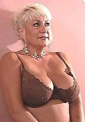 horny China Grove woman