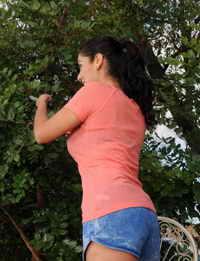 a horny lady from Clayton, North Carolina